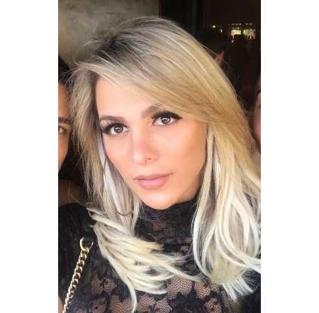 jeune lesbienne francaise danyela alves