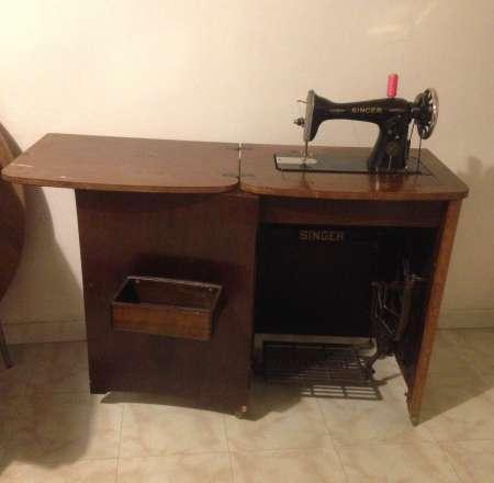 ancienne machine coudre singer acheter et vendre. Black Bedroom Furniture Sets. Home Design Ideas
