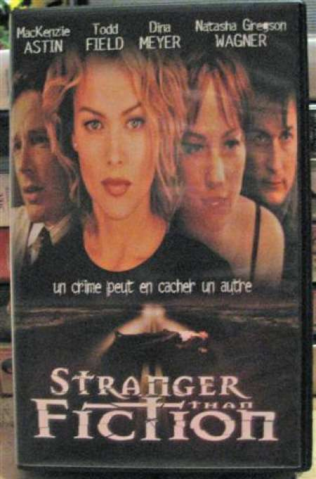 STRANGER THAN FICTION en K7 VHS