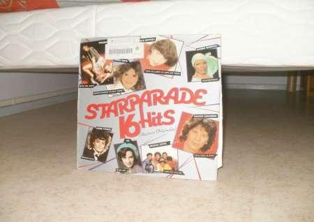 33T. sim COMP DIV  Star Parade 16 titres