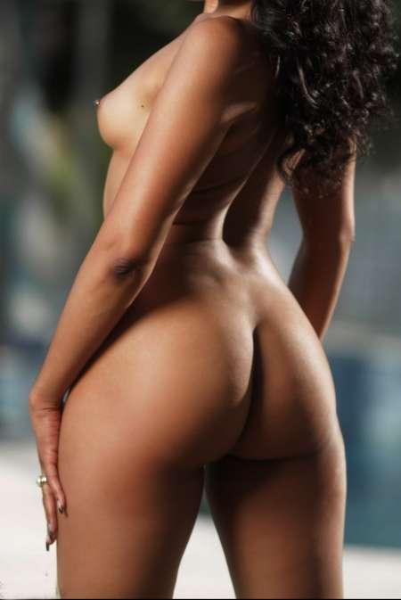 bunda black escort girl paris